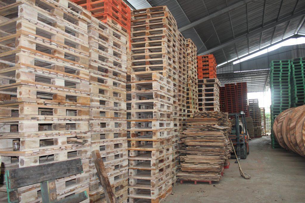 supplier pallet kayu
