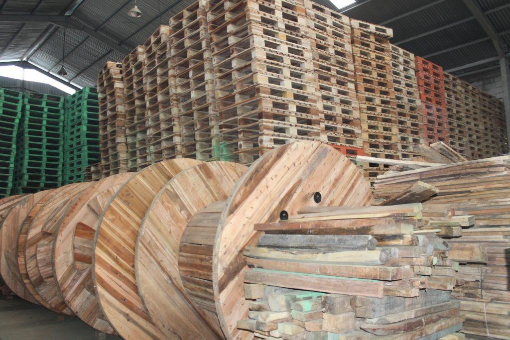 Supplier Pallet Kayu Semarang