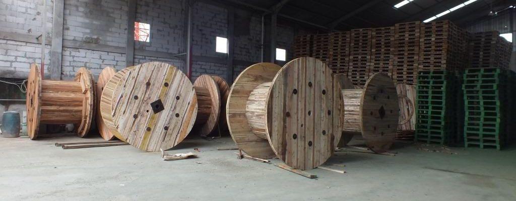 sewa pallet kayu murah di Bekasi
